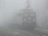 141 228-7 entschwindet im Nebel