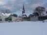Dorfkirche von der Wartburgstraße gesehen
