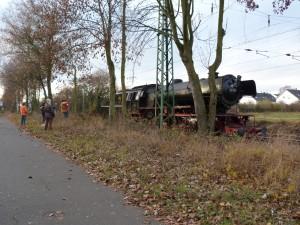 Dampflokomotive 23 042 am 27.11.2011 bei Erbach (Eltville)