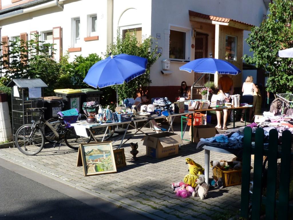 Erster Höfeflohmarkt im Heimchen (1)