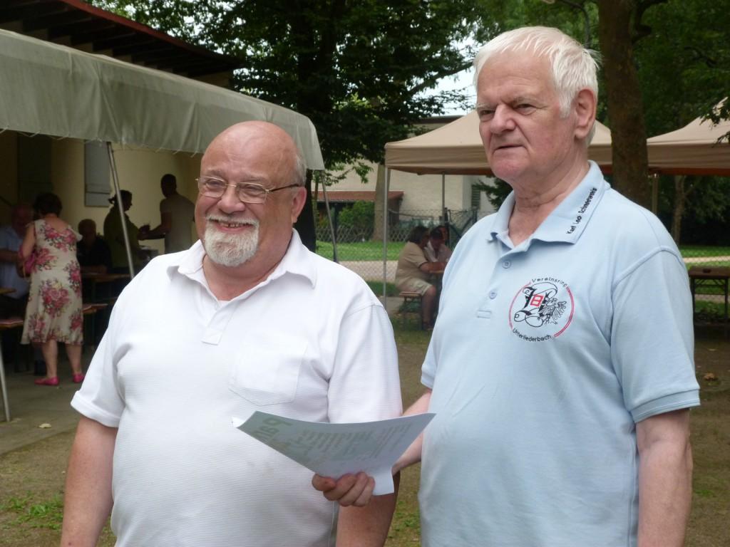 Heinz Alexander und Karl Leo Schneeweis, 1. Vorsitzender des Vereinsrings Unterliederbach e.V.