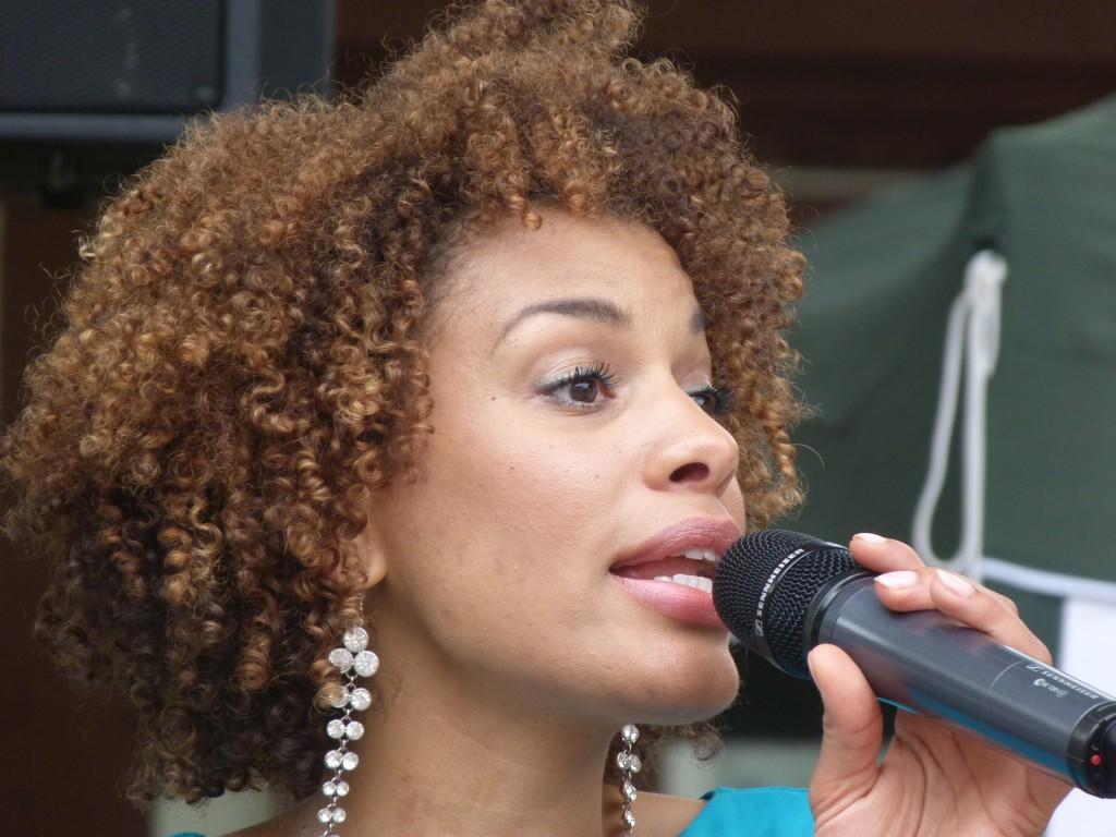 Jazz-Sängerin Caroline Mhlanga