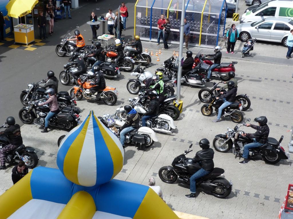 1. Unterliederbacher Motorradtreffen: Gleich geht es los!