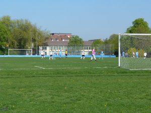 Frankfurt am Main Unterliederbach Fußballplatz