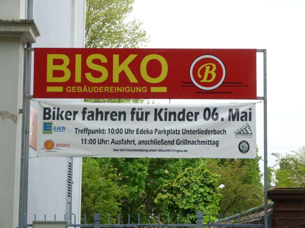Biker fahren für Kinder, Frankfurt am Main Unterliederbach