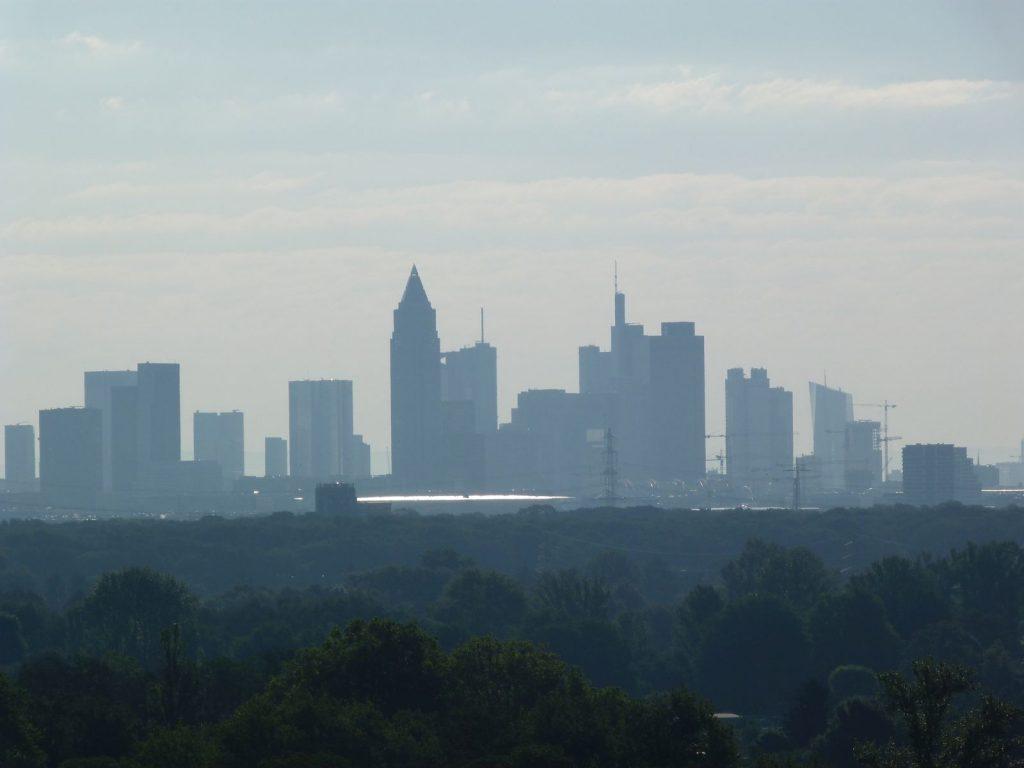 Frankfurt am Main, Skyline von Westen gesehen