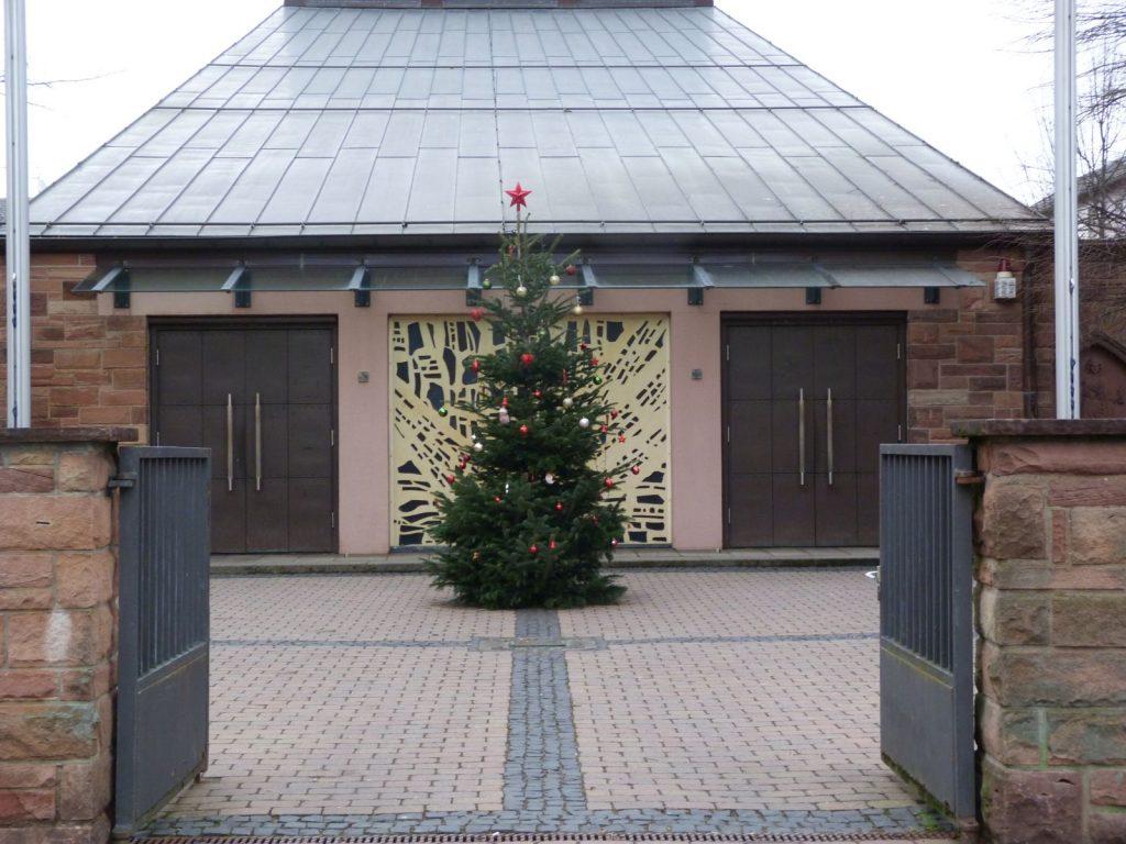 Frankfurt am Main Unterliederbach, Katholische Kirche St. Johannes Apostel