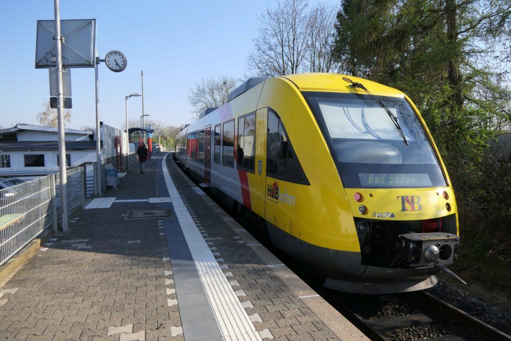 Coradia LINT 41 in Frankfurt-Unterliederbach