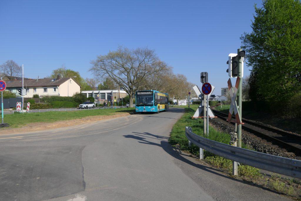 Bus der Linie 50 in Unterliederbach