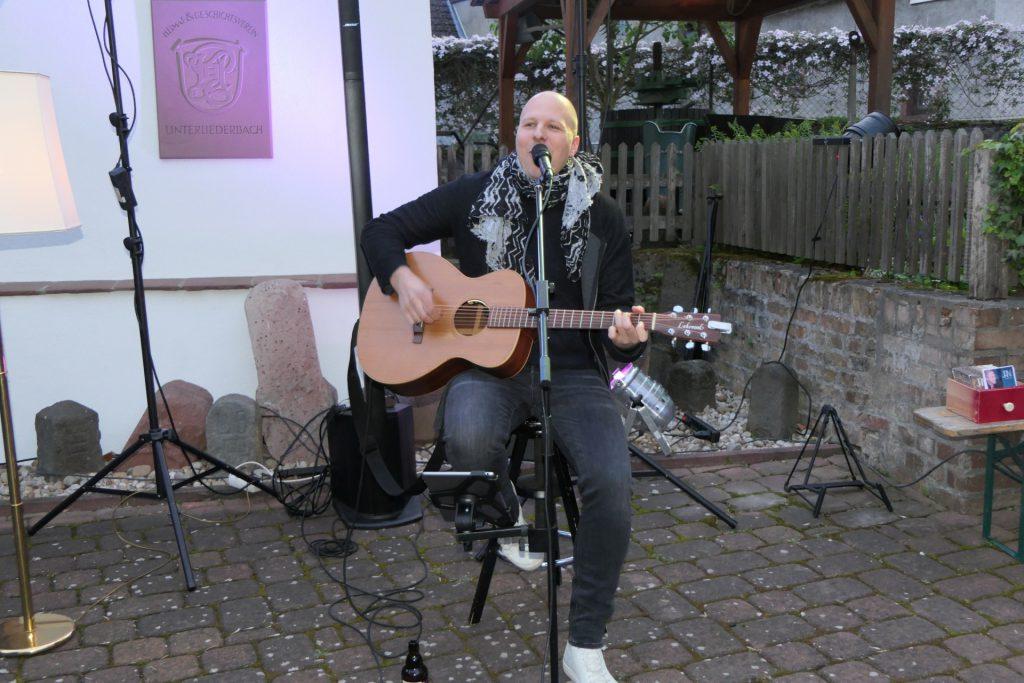 Hoffest des Stadtteilwohnzimmers Unterliederbach - Jan