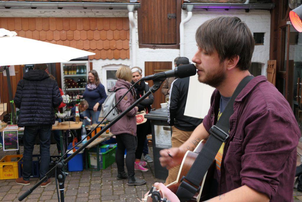 Hoffest des Stadtteilwohnzimmers Unterliederbach - Luger