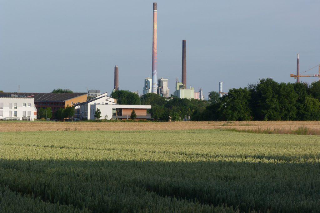 Kamin D582 im Industriepark Höchst und Parkstadt Unterliederbach