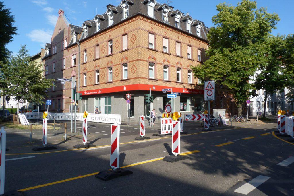 Baustelle Königsteiner Straße in Frankfurt-Unterliederbach