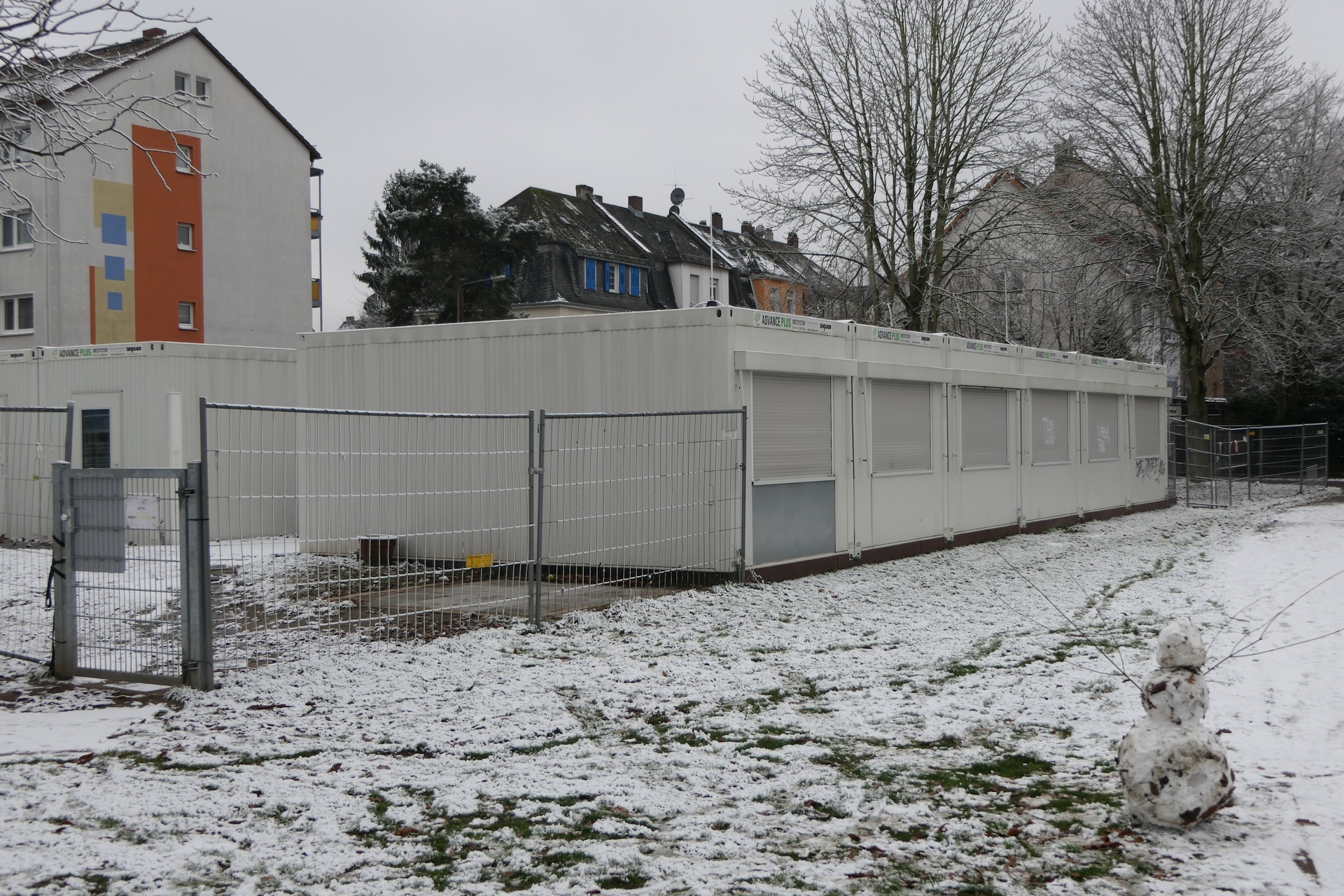 Kinderzentrum Euckenstraße, Container-Anlage in Frankfurt am Main Unterliederbach (Provisorium)