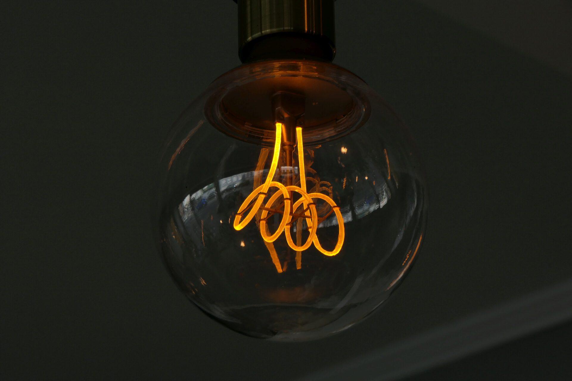 Leuchte, Zweiraumcafé
