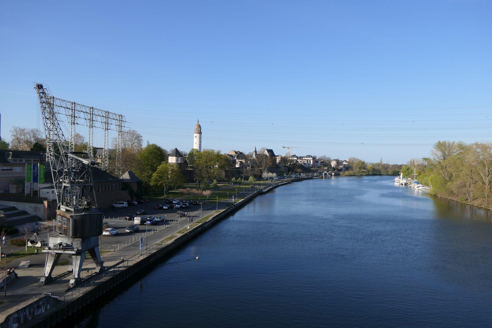 Main in Frankfurt am Main Höchst
