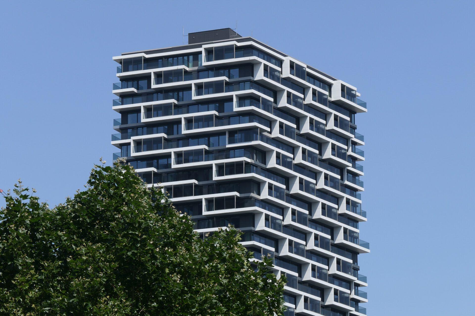 One Forty West (140 West), Frankfurt am Main, Senckenberganlage